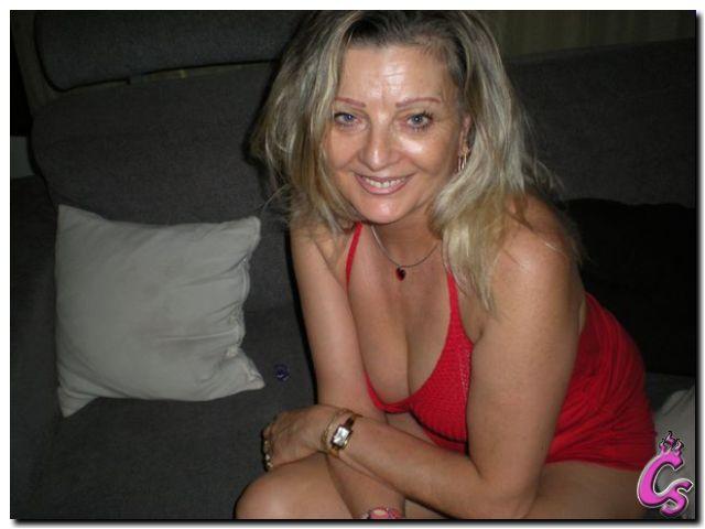 Mature Chaude en WebCam Sexe: http://www.camshot.fr/Sylvia.html